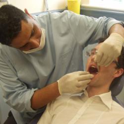 04 dentist 2
