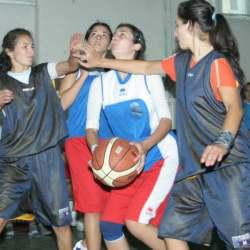 11 x 1 la competitie si-au anuntat participarea  si echipe feminine