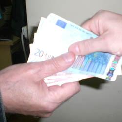 03 mita spaga euro (1)