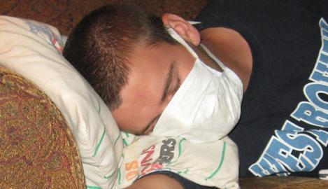 01 swine-flu-sick1