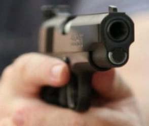 Hoţii opriţi cu focuri de armă, trimişi în judecată