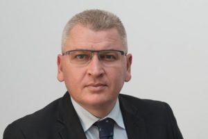Lovitură dură pentru liderul interimar al PNL Hunedoara. Florin Roman nu mai poate candida pentru şefia liberalilor hunedoreni