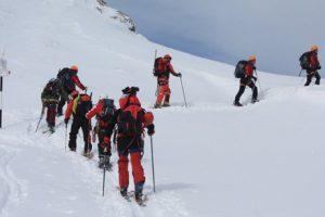 Doi alpinişti din Craiova, dispăruţi de două zile în Masivul Retezat