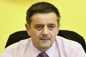 Primarul din Bulzeşti: dacă nu ai gară  în comună, nu poţi visa la bani europeni