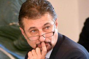 Primarul Bobouţanu vrea să recupereze banii de la firma de pază