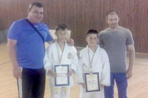 Judoka deveni au încheiat sezonul cu alte trei medalii naţionale