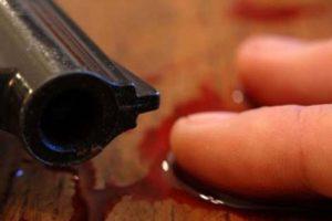 Bărbat împuşcat în cap, la Veţel