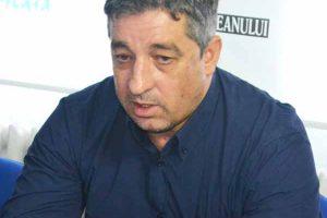 CNS Cetate Deva se reuneşte fără antrenorul anunţat