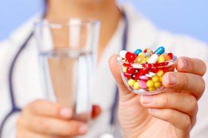 Folosirea excesivă a antibioticelor duce la creşterea infecţiilor nozocomiale