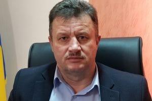 Primarul din Hărău propune vouchere speciale pentru elevii din familii nevoiaşe