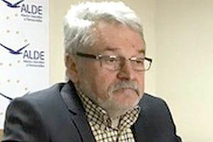 """Preşedintele ALDE Hunedoara, Mircea Moloţ, trage semnalul de alarmă: """"Termocentrala Mintia are cărbune pentru 3 zile"""""""