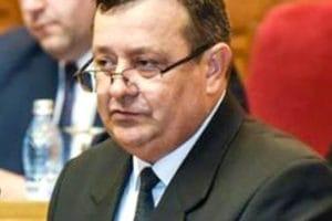 """Senatorul PSD Viorel Sălan, în comisia specială a siguranţei naţionale. """"Este necesară o revizuire unitară a întregului pachet de legi care se referă la siguranţa naţională"""""""