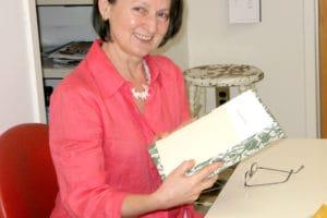 Hunedoreanca Florica Zaharia a schimbat marele New York cu satul de baştină . Primul Muzeu al Textilelor din Europa de Est se deschide la Băiţa