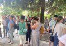 """Părinţii şi dascălii elevilor  de la """"Andrei Şaguna"""", revoltă pentru drepturile copiilor"""